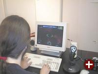 Am Games-Stand kann man mehrere Open-Source-Spiele ausgiebig testen. Hier ein Blick auf das Weltraum-Actionspiel Parsec.