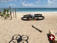 Ar.Drone mit Seitenaufprallschutz