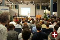Auch das Forum für Sicherheit und Rechtsfragen bei Open Source, auf dem durchgehend Vorträge stattfanden, stieß zeitweise auf gewaltiges Interesse unter den Besuchern