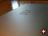 Das KDE-Slimbook kommt mit eigenem Branding