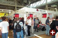 Der Stand von Red Hat fand viel Anklang. Red Hat bietet Messepreise für viele Produkte an. Auch das Red Hat Magazin kommt offenbar recht gut an.