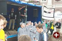 Der Veranstalter der Demonstration, Jan Wildeboer, bei der Eröffnungsrede