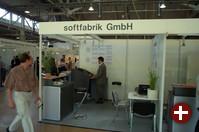 Die Softfabrik GmbH bietet IT-Dienstleistungen, wobei zum Teil auch Open-Source-Software zum Einsatz kommt.