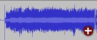 Ein vollständiger Song befindet sich zwischen den schmalen Lücken. Das Knacksen der Nadel beim Aufsetzen ist ganz links deutlich zu sehen.