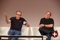 Linus Torvalds und Dirk Hohndel beim Gespräch über aktuelle Linux-Entwicklungen auf der LinuxCon 2014 in Düsseldorf