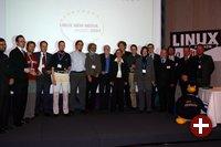 Preisträger und Organisatoren des Linux New Media Award 2004