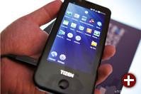 Prototyp eines Tizen-Smartphones von Samsung