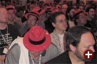 Rote Hüte sorgten für Gewerkschaftsflair