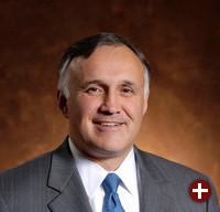Ronald W. Hovsepian, Präsident und Geschäftsführer von Novell