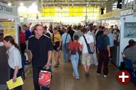 Samstag, 11:30 Uhr: Deutlich mehr Besucher als an den Tagen zuvor. Es riecht nach Besucherrekord!