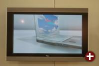 Siemens zeigte Werbevideos auf vier solchen riesigen Flachbildschirmen