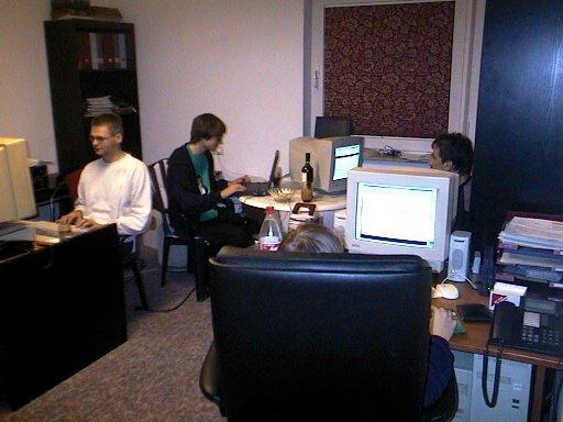 HJB, Wolfgang und Pawel (von links nach rechts) schaffen, schaffen, schaffen